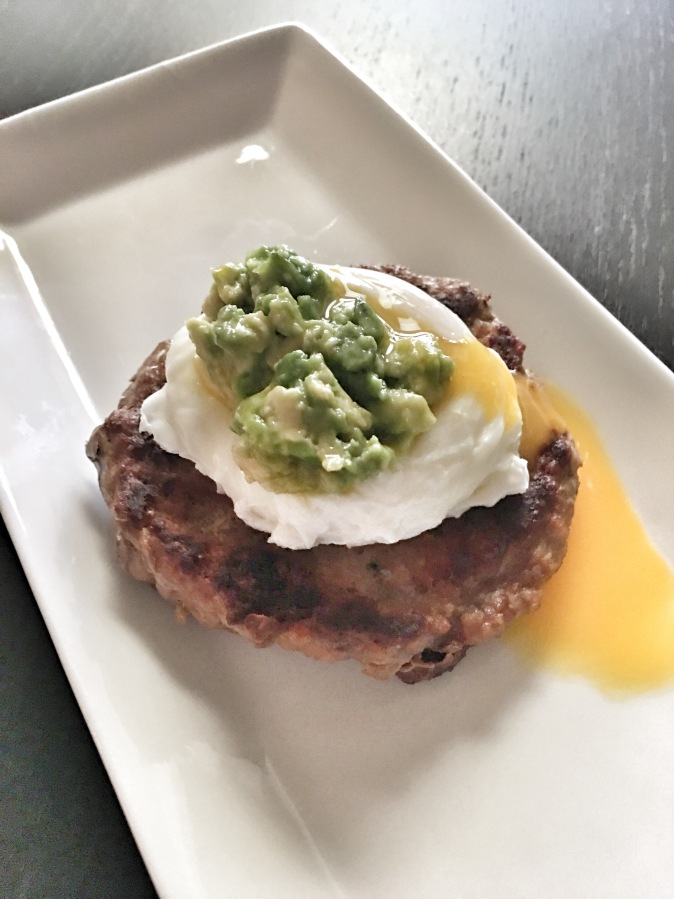 Poached Egg with Turkeyburger and Avocado