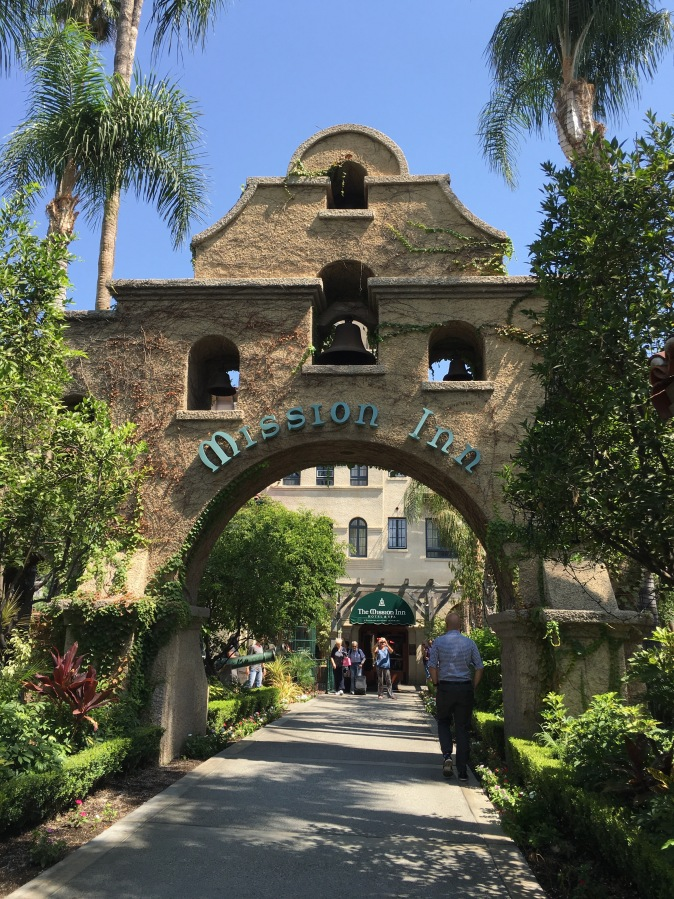 Meet Me At The Inn, The Mission Inn